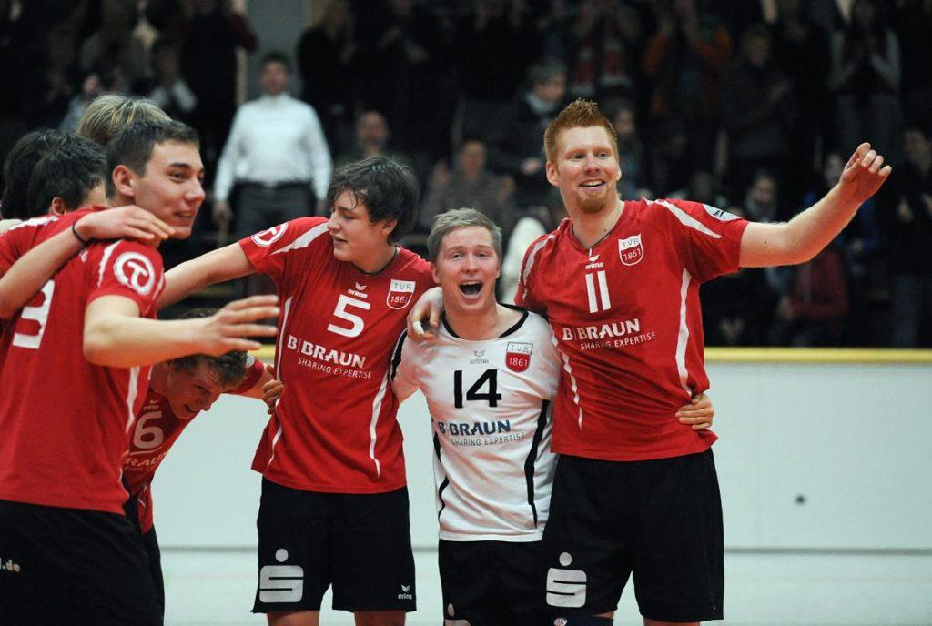 2weite Mannschaft schafft den Aufstieg in die 2. Bundesliga